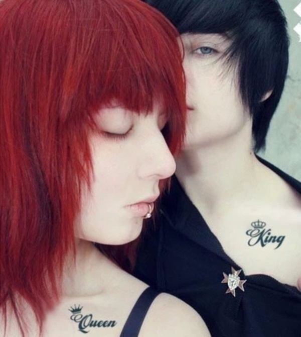 Cute king and queen tattoo for couples0261