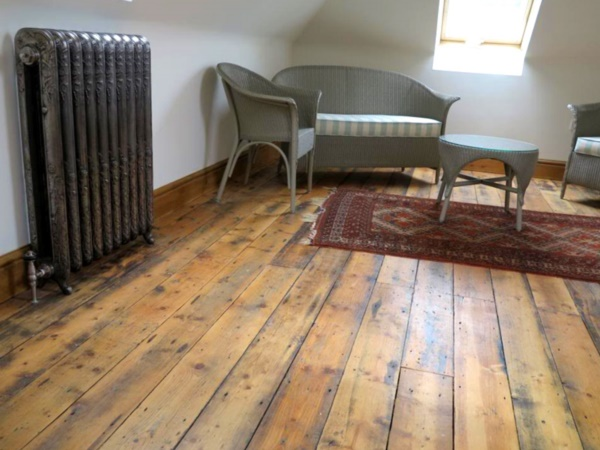 Perfect Wood Floor Ideas to upgrade your usual one0211