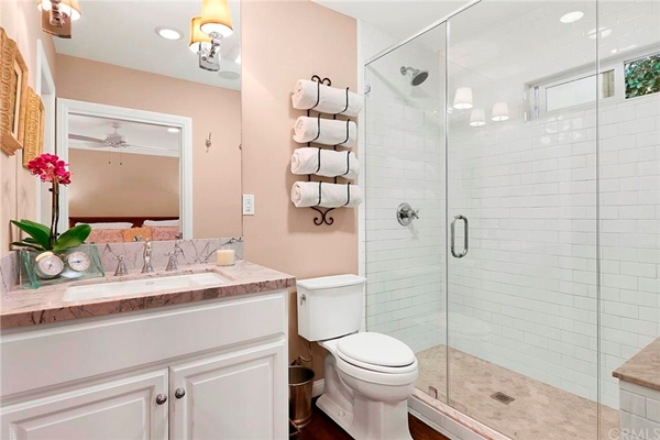 Perfect Bathroom Remodel Inspirations You Need Right Now - 16