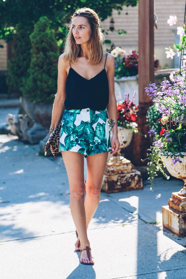 Unbounded and Hot Looks in Shorts to Acquire9