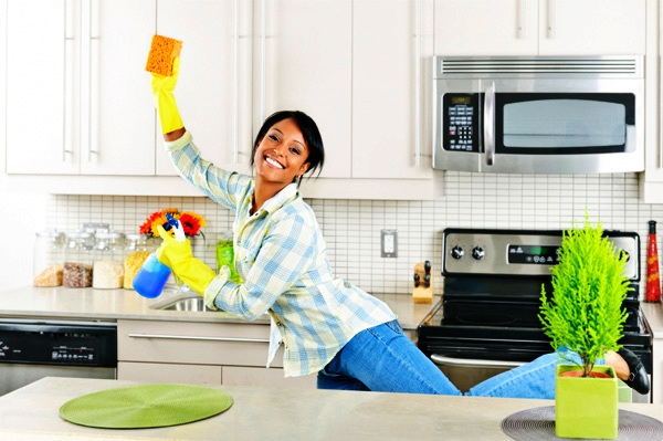 25 Powerful Ways to Deep Clean Your House - 16
