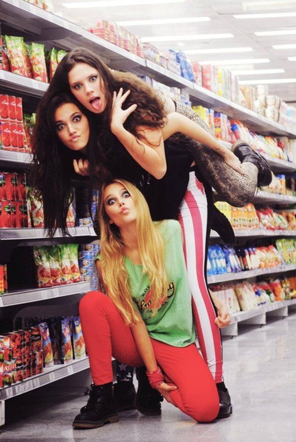 40 Silly yet Beautiful Best Friends Picture Ideas - 21