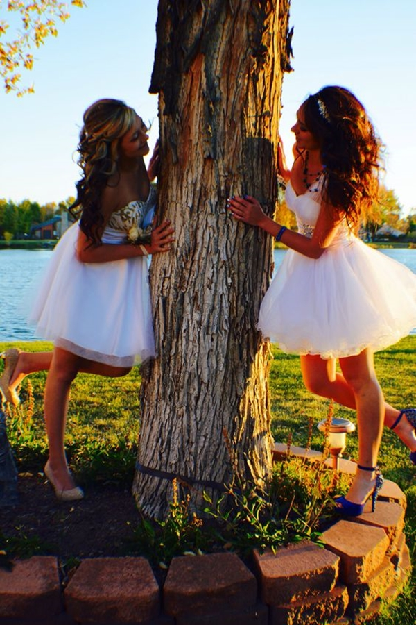 40 Silly yet Beautiful Best Friends Picture Ideas - 32