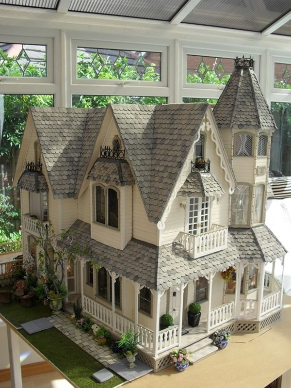 Best Dollhouse Installations for Your Kids (13)