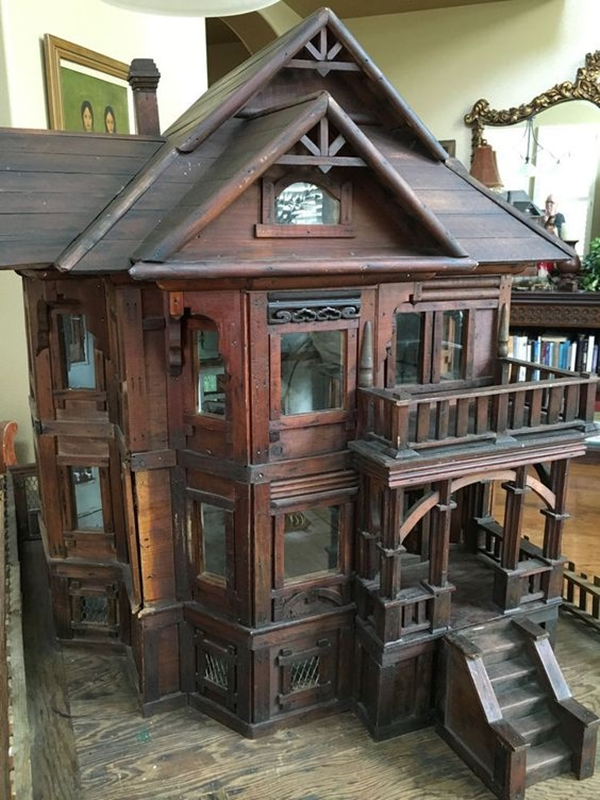 Best Dollhouse Installations for Your Kids (26)
