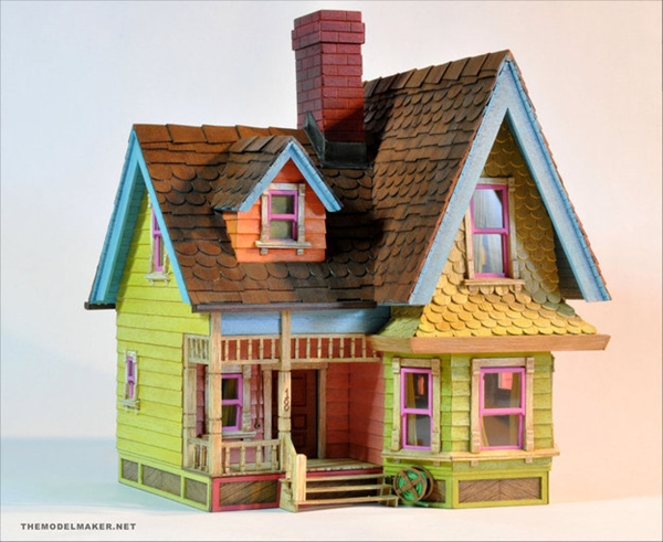 Best Dollhouse Installations for Your Kids (30)