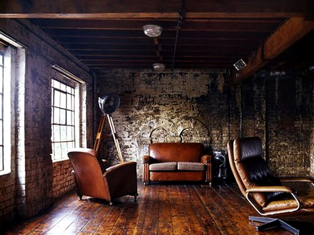 Wood Ceiling and Rock Wall: 40 Cozy House Designs