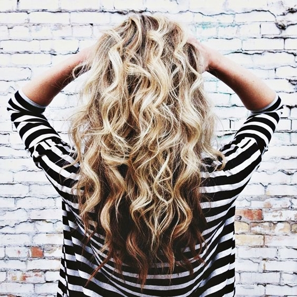 40 Perfectly Imperfect Curly Hair Hairstyles - (15)