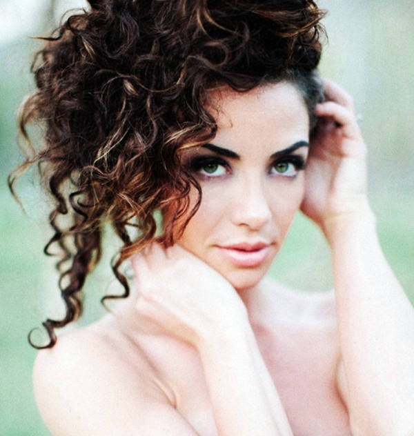 40 Perfectly Imperfect Curly Hair Hairstyles - (23)