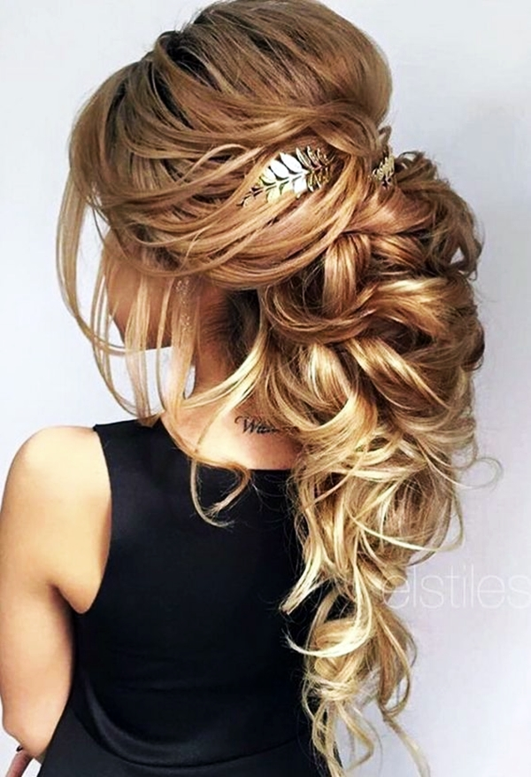 Drop-Dead Exquisite Wedding Hairstyle Ideas (10)