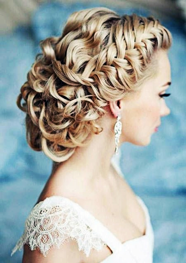 Drop-Dead Exquisite Wedding Hairstyle Ideas (16)
