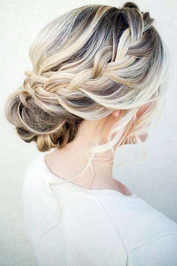 Drop-Dead Exquisite Wedding Hairstyle Ideas (25)