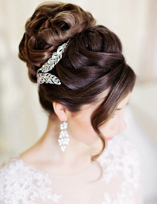 Drop-Dead Exquisite Wedding Hairstyle Ideas (33)