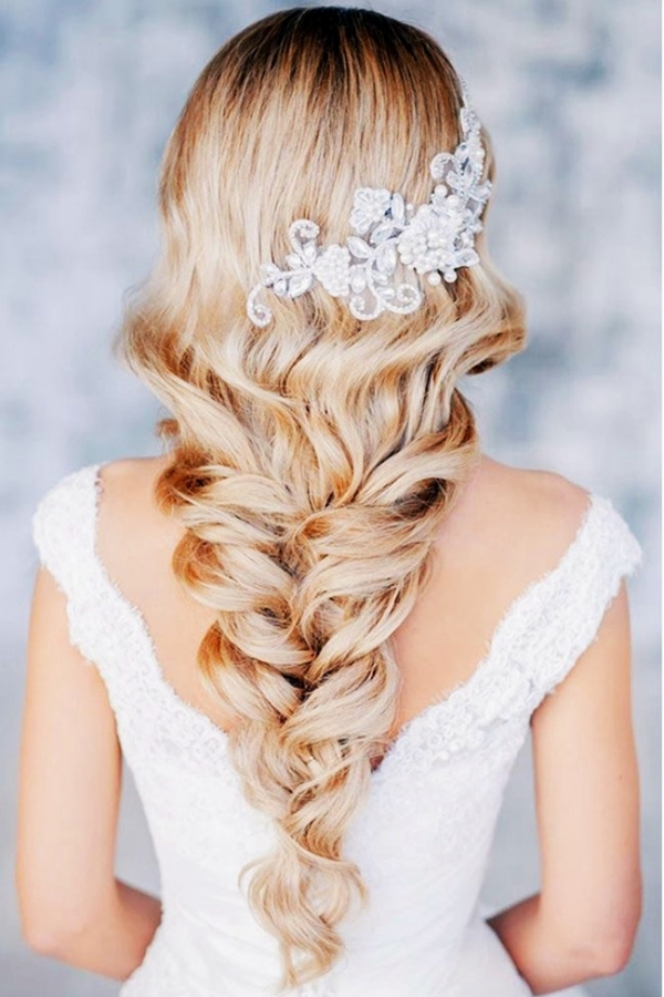 Drop-Dead Exquisite Wedding Hairstyle Ideas (34)