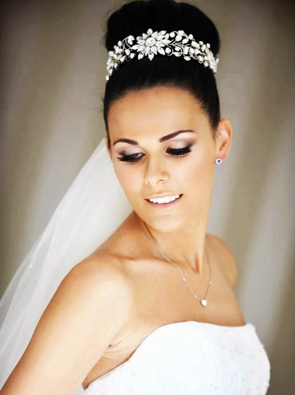 Drop-Dead Exquisite Wedding Hairstyle Ideas (37)