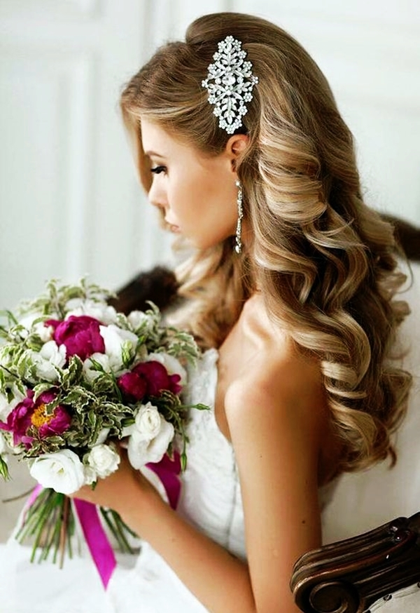 Drop-Dead Exquisite Wedding Hairstyle Ideas (44)