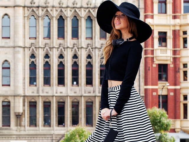 40 Trending Striped Skirt Outfits For 2016