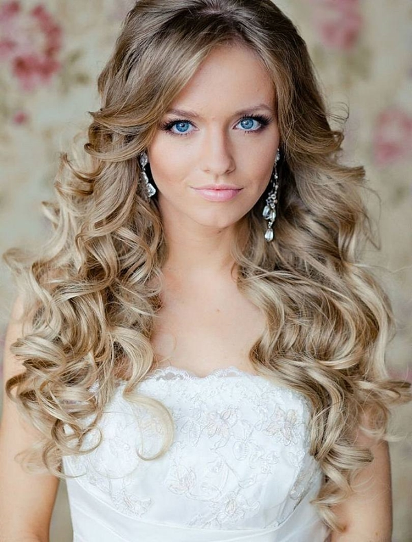 40 Beachy & Summer Blonde Hair Hairstyles (2)