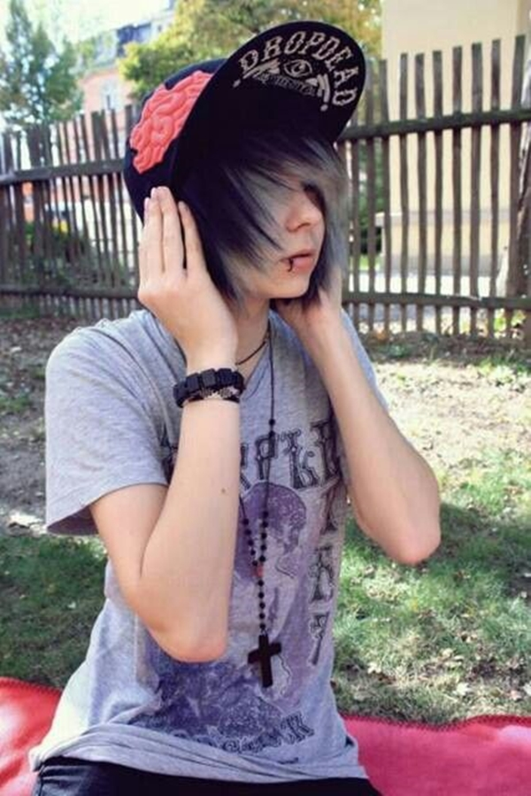 Cute Emo Hairstyles for Teens (14)