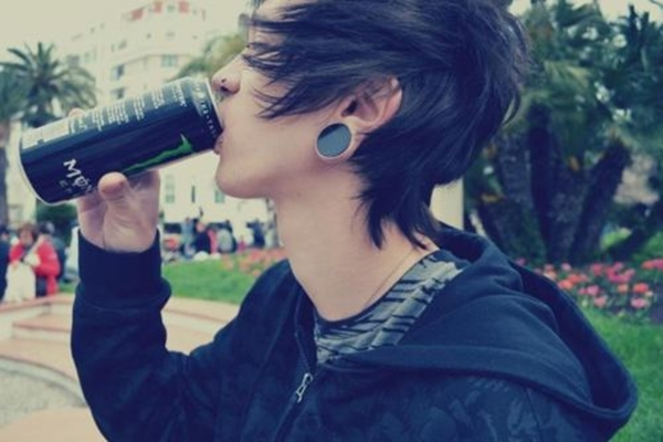 Cute Emo Hairstyles for Teens (15)