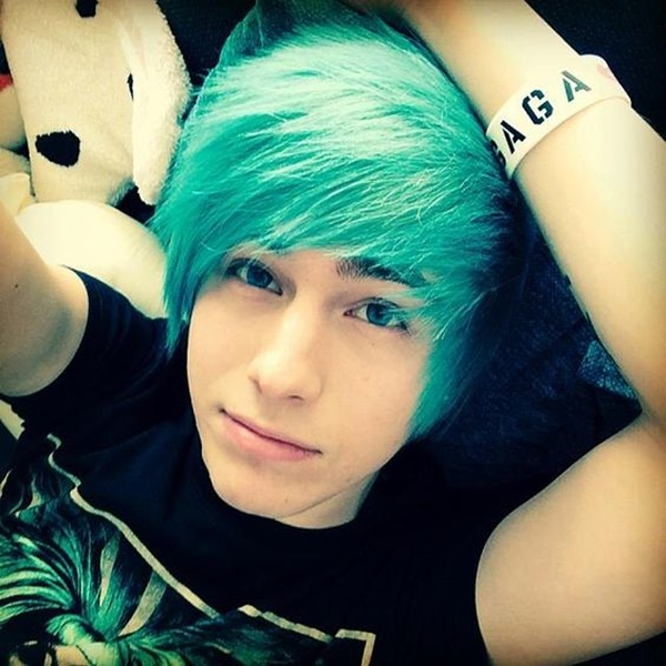 Cute Emo Hairstyles for Teens (2)