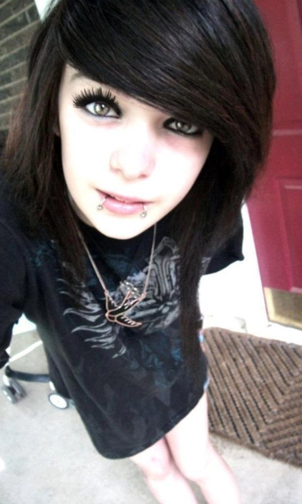 Cute Emo Hairstyles for Teens (23)
