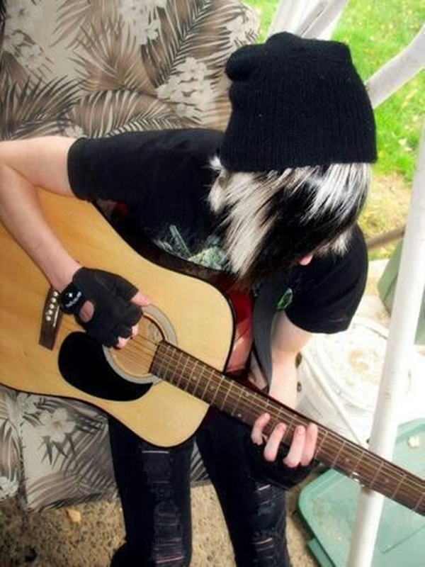 Cute Emo Hairstyles for Teens (8)