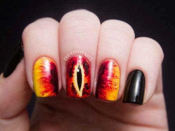 Inspiring Superhero Nail Art Ideas  (28)