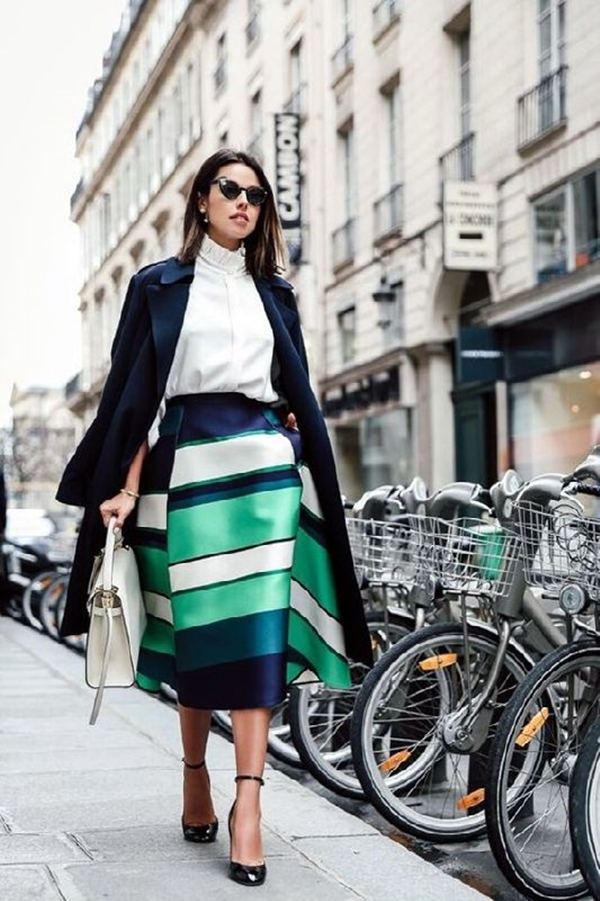 office-inspired-striped-skirt-outfits-21