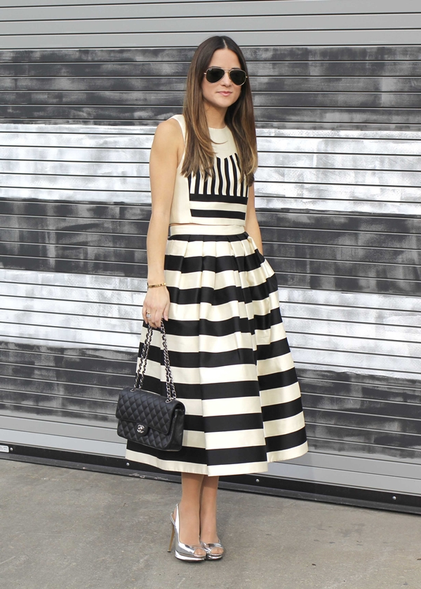 office-inspired-striped-skirt-outfits-29
