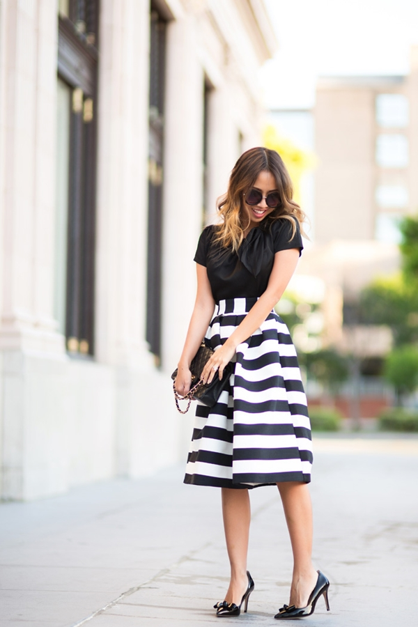 office-inspired-striped-skirt-outfits-30