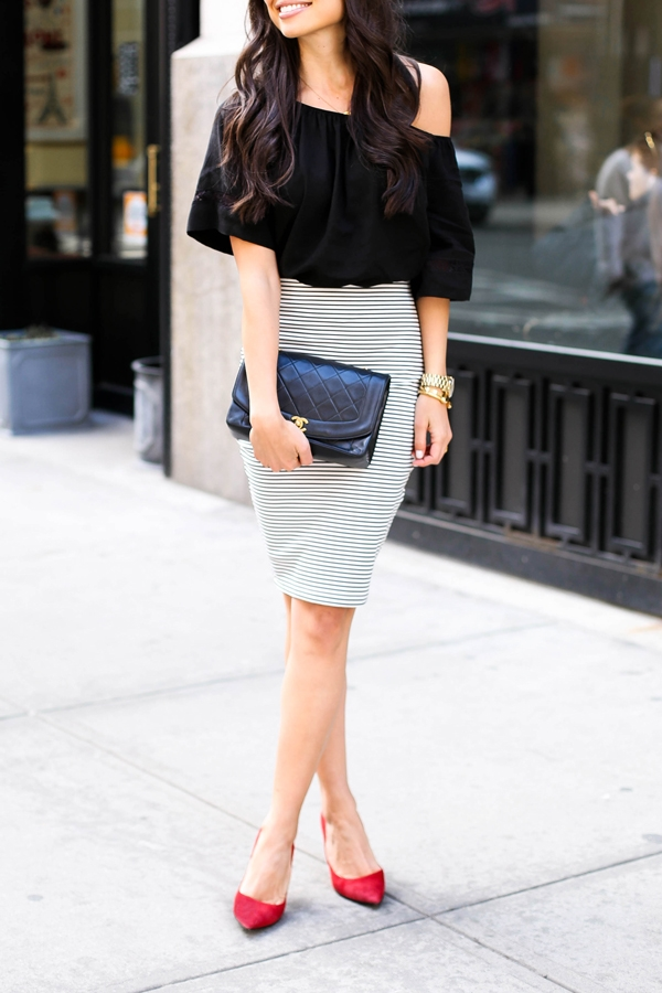 office-inspired-striped-skirt-outfits-34