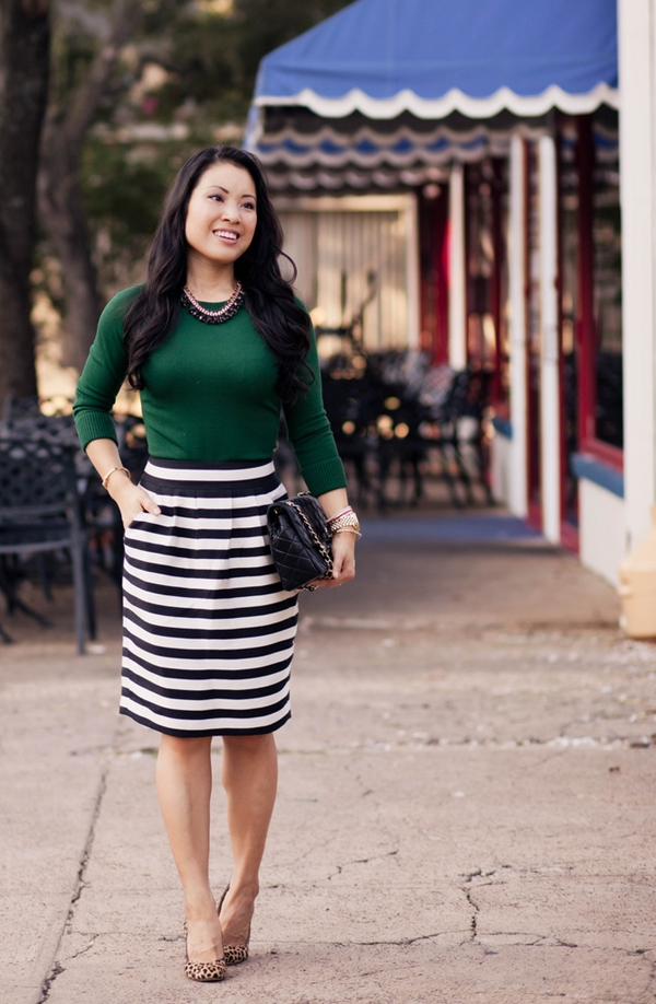 office-inspired-striped-skirt-outfits-35