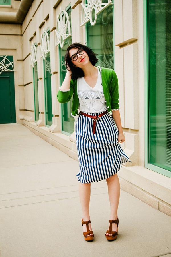 office-inspired-striped-skirt-outfits-36