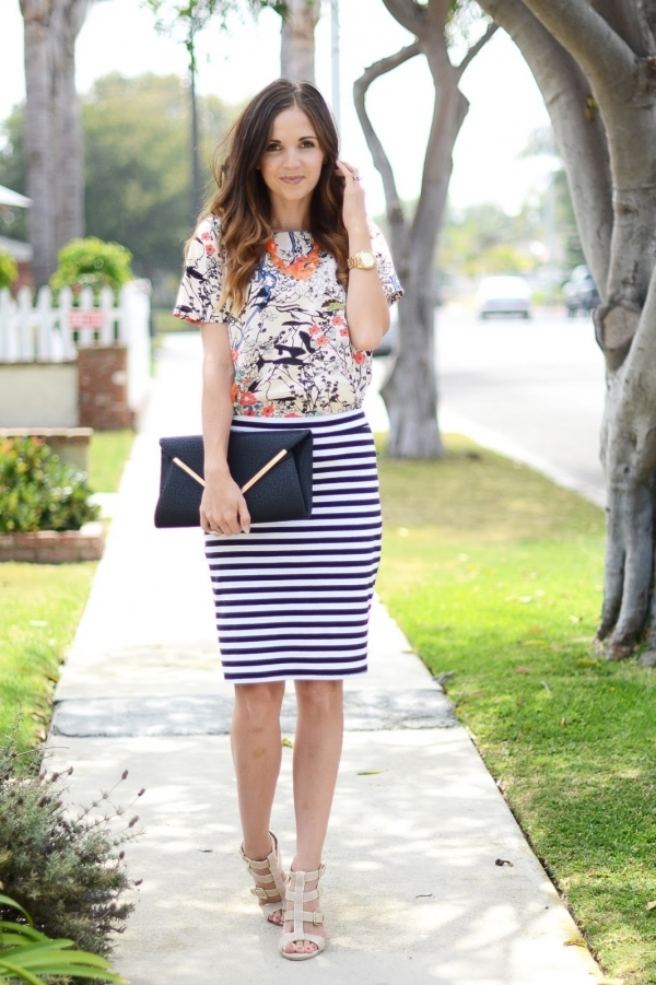 office-inspired-striped-skirt-outfits-38