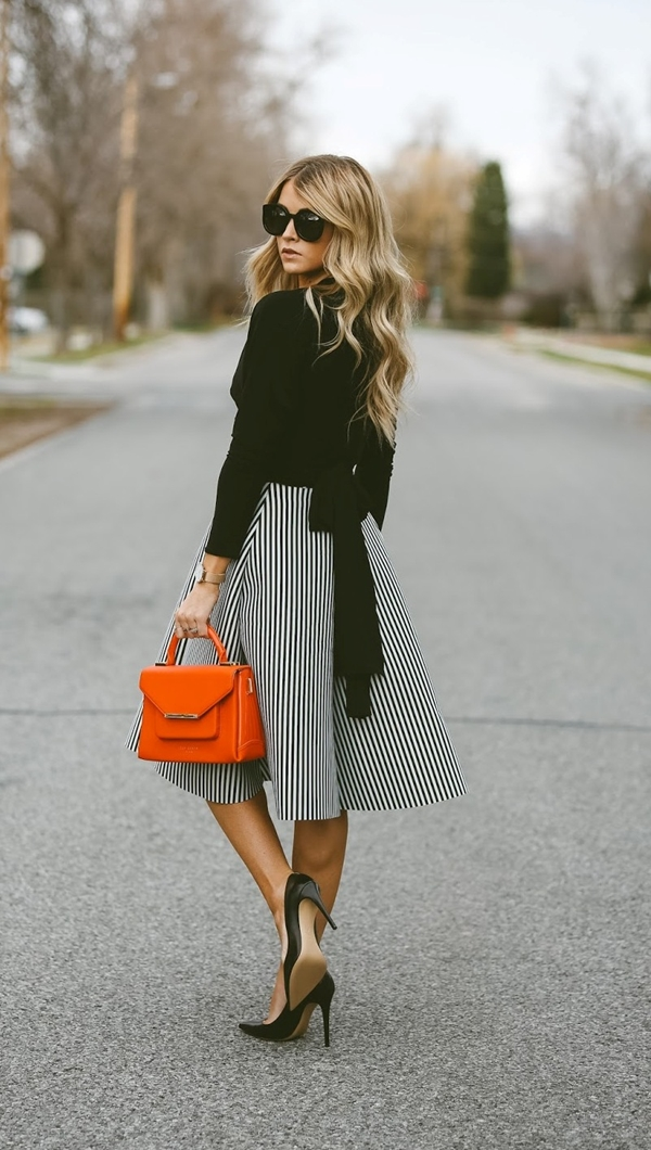 office-inspired-striped-skirt-outfits-7