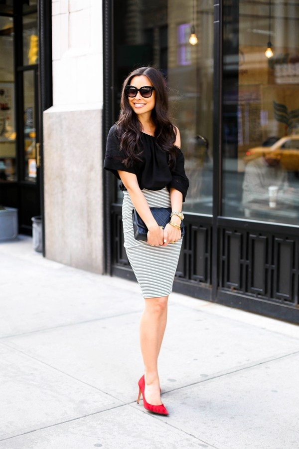 office-inspired-striped-skirt-outfits-8