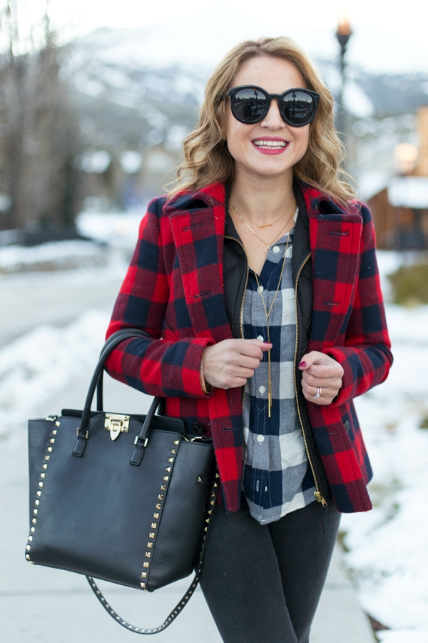 40-gingham-shirt-outfit-for-every-season-21