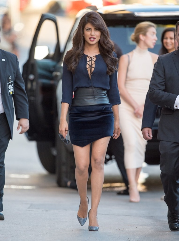 celebrity-inspired-chic-looks-priyanka-chopra-2