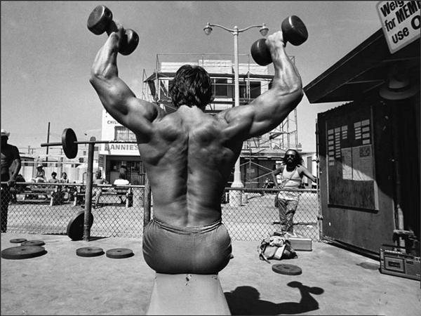Arnold Schwarzenegger Bodybuilding Pictures - (10)