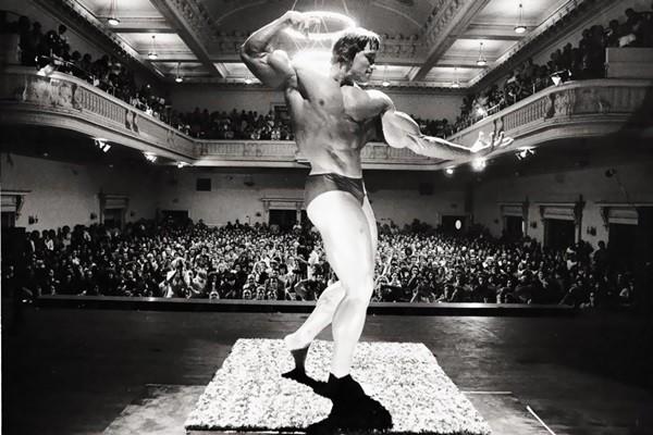 Arnold Schwarzenegger Bodybuilding Pictures - (24)
