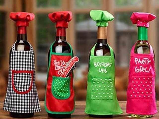 40 Amazing Wine Bottle Art Ideas which are Practically Useful