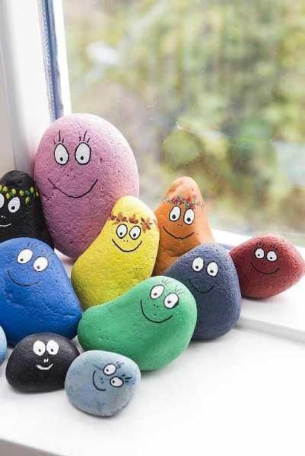 rock-and-pebble-art-ideas-14