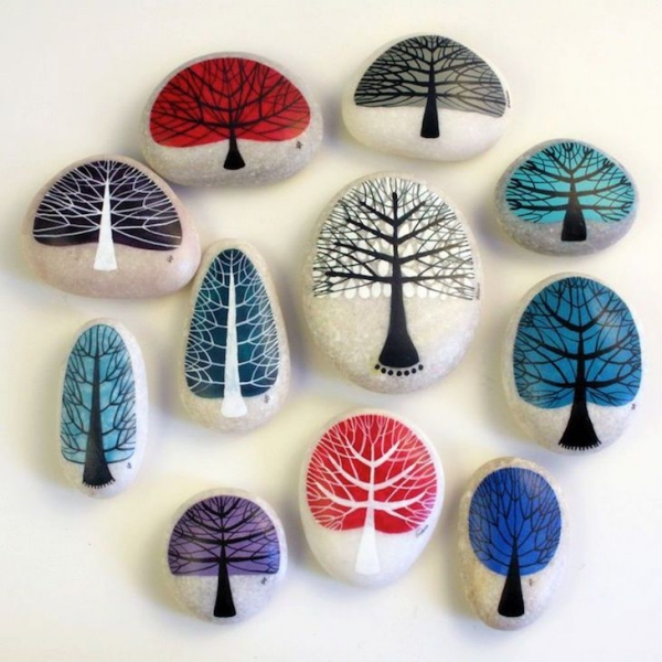 rock-and-pebble-art-ideas-21
