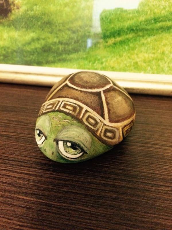 rock-and-pebble-art-ideas-3