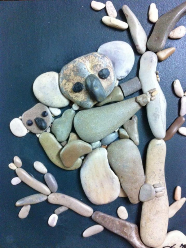 rock-and-pebble-art-ideas-36