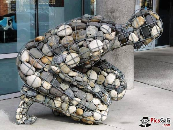rock-and-pebble-art-ideas-37