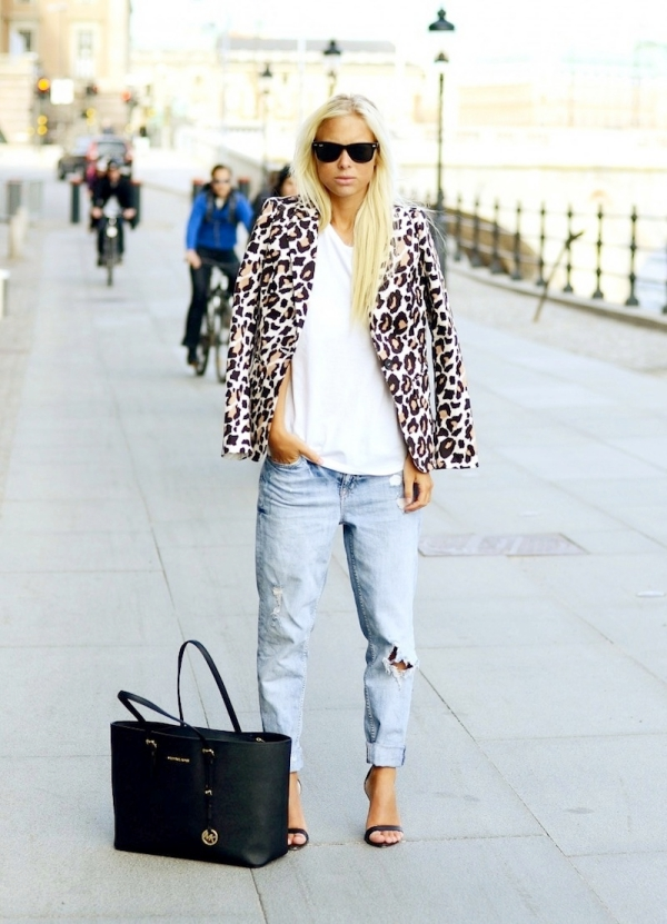 Denim-Outfits-we-have-Seen-so-Far-35