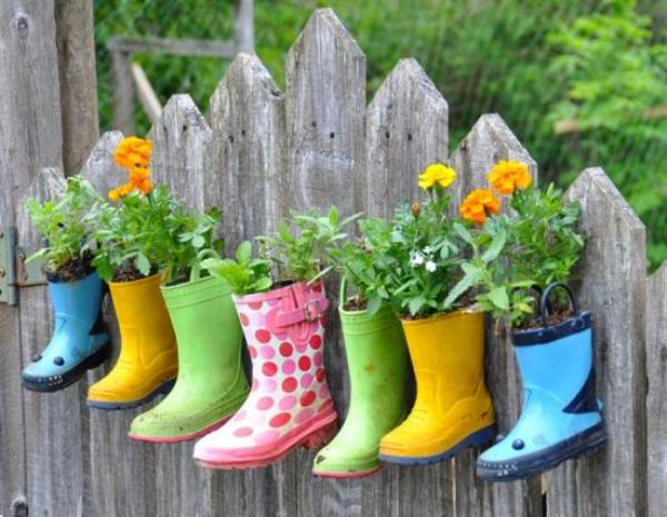 Super-Creative-Vertical-Garden-Ideas-19