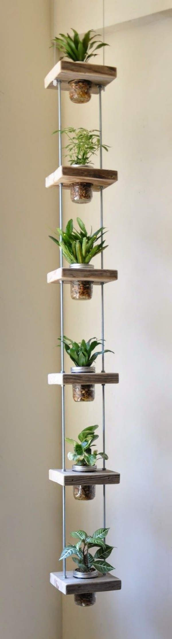 Super-Creative-Vertical-Garden-Ideas-2